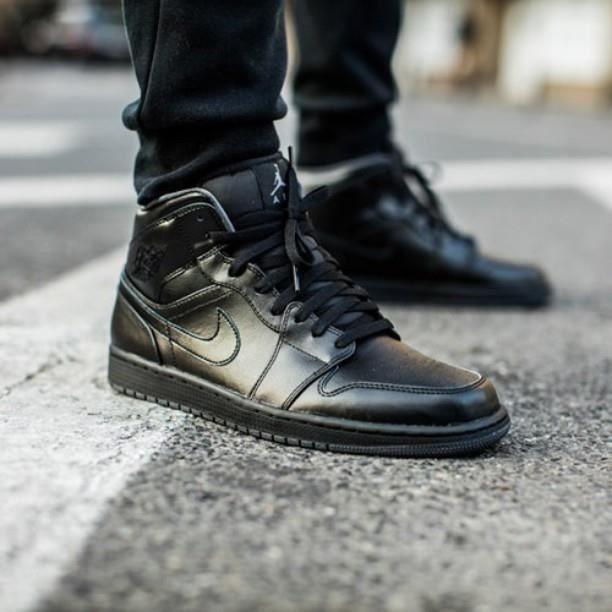 jordan 1 mid homme pas cher,Nike Air Jordan 1 Noir Et Bleu Homme ...